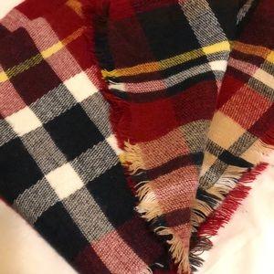 Warm, furry blanket scarf-LIGHTLY WORN